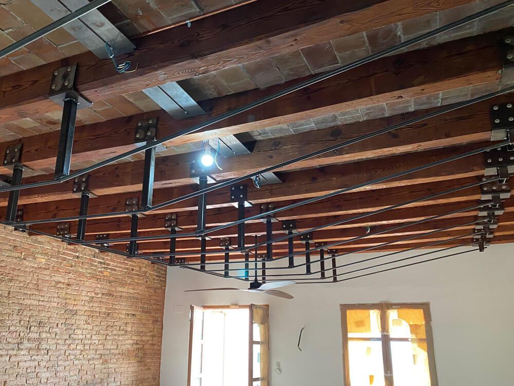 arquitectura-fugrup-metal-vigas-madera-techo-07