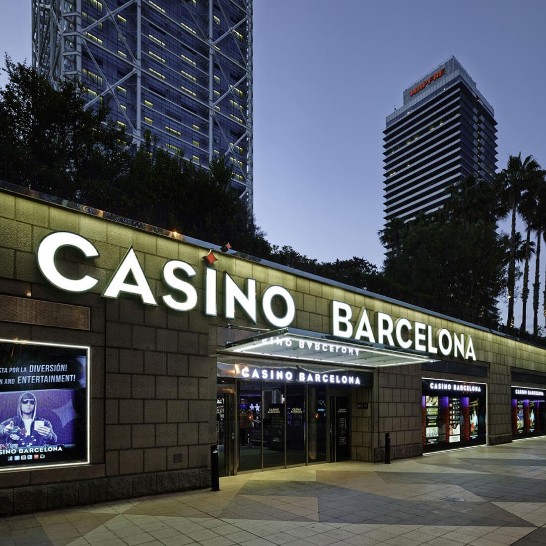arquitectura-fugrup-casino-barcelona-fachada