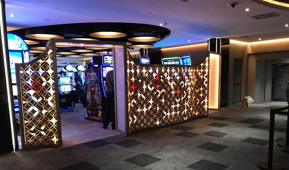 fugrup-casino-barcelona-mampara-04